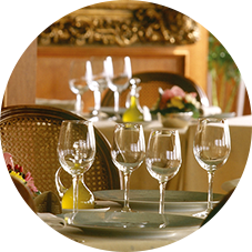 パリ挙式後のウェディングディナーの予約代行サービス