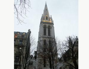 壮麗なゴシック様式の教会、アメリカンチャーチ・パリ